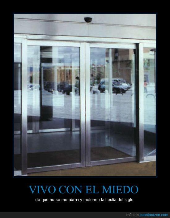 abrir,automática,cerrar,puerta
