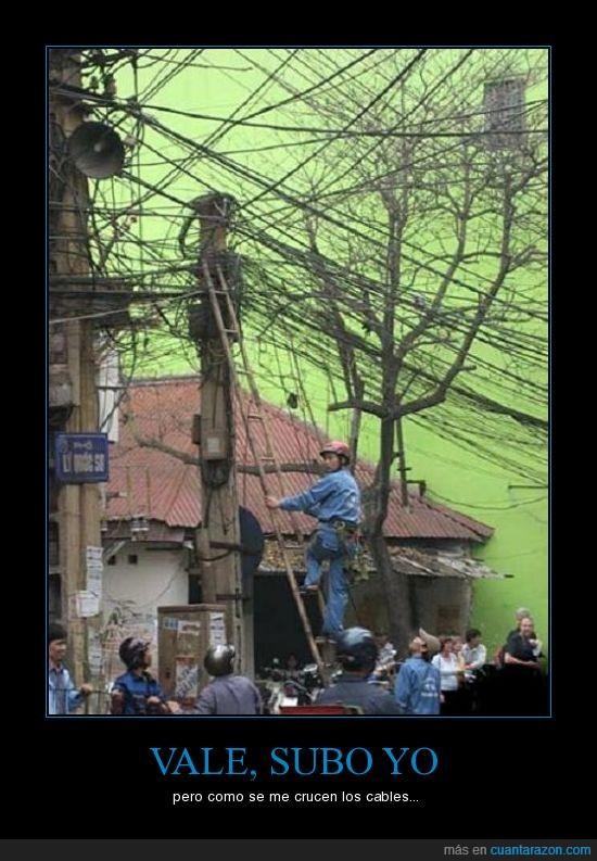 cables,locura,muerte inminente,trabajo duro