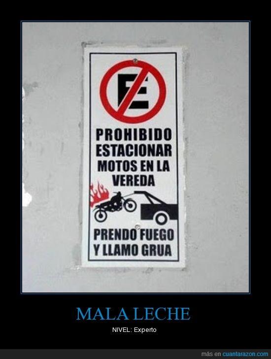 estacionar,fuego,grua,motos,prender,prohibido