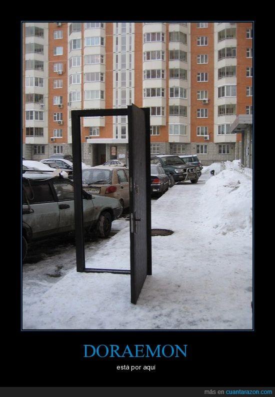 doraemon,puerta