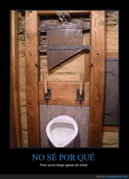 baño,guillotina,orinar