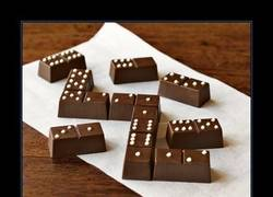 Enlace a DOMINÓ DE CHOCOLATE