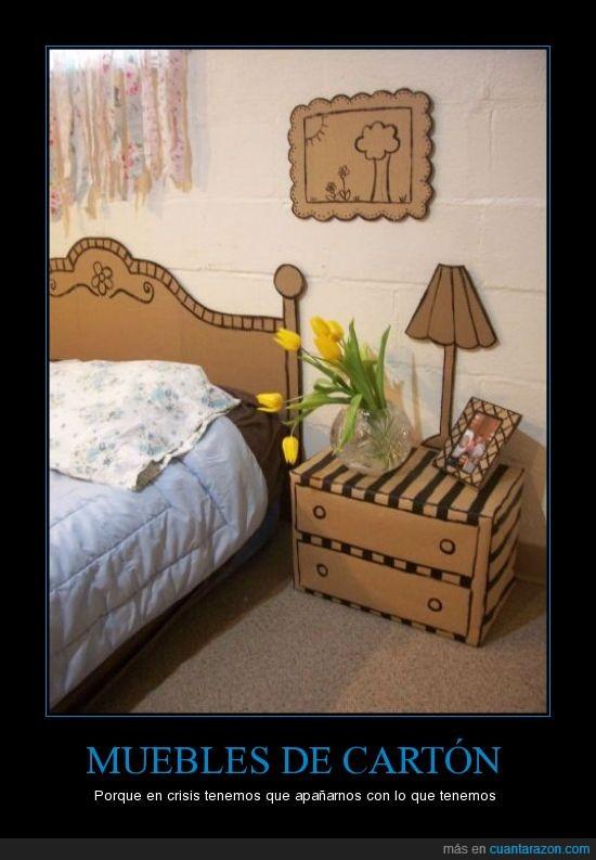 cama,cartón,crisis,cuadros,lámpara,muebles,tulipanes