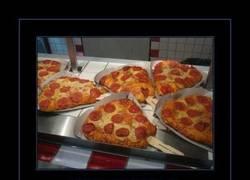 Enlace a LA PIZZA EN CONO