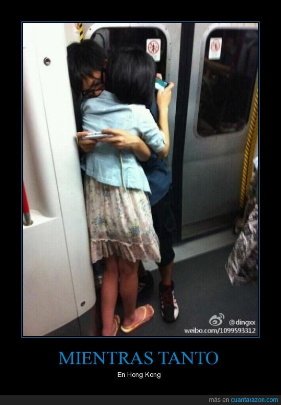 hong,iphone,ipod,kong,metro,mientras,novios,tanto
