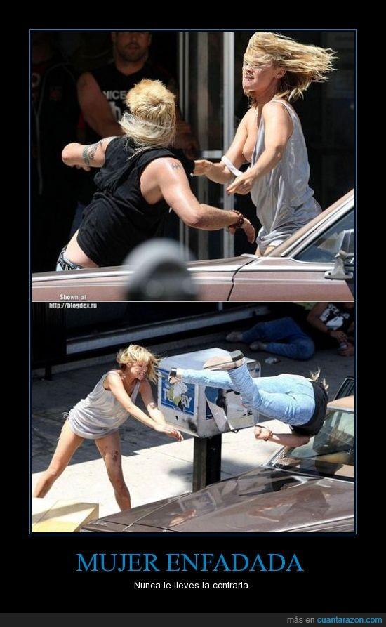 coche,lucha,mujer,pelea,tirar