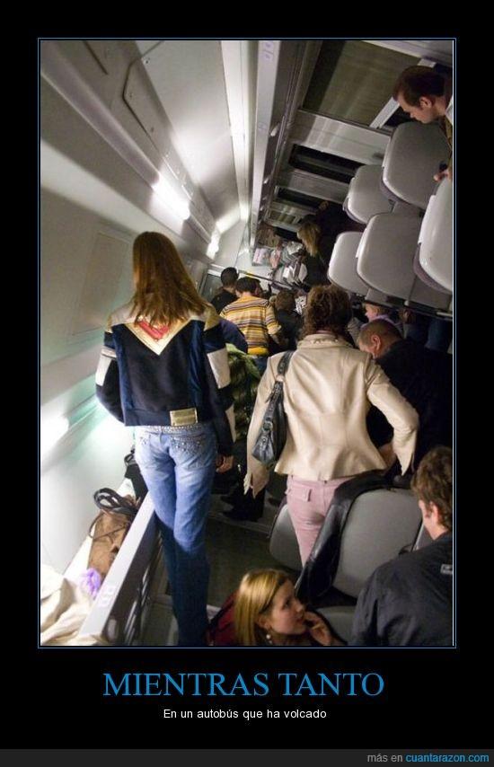accidente,avión,mal,piso,volcar