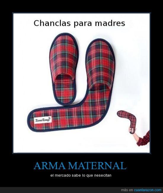 arma,boomerang,chanclas,madre,zapatillas