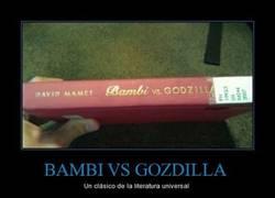 Enlace a BAMBI VS GOZDILLA