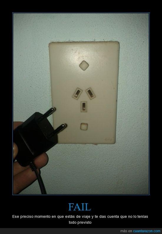 cargador,celular,conector,distintos,electricidad,enchufe,quinta vez que me pasa esto!