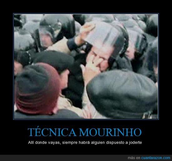 dedos,mourinho,ojos
