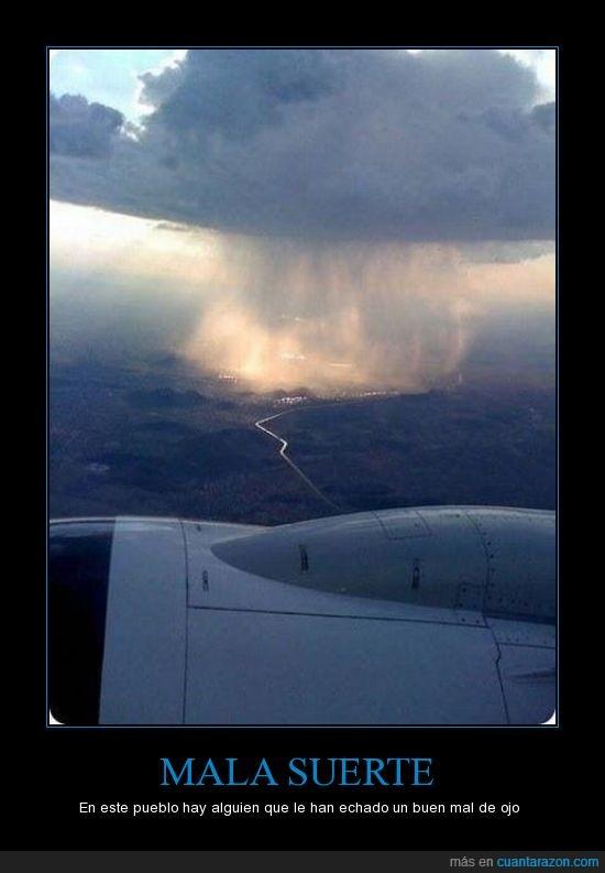 lluvia,mala suerte,Pueblo