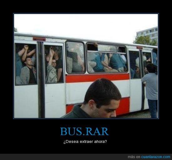 a petar,autobús,concurrido,gente,rebentado