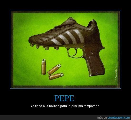 animal,arma,balas,botas,pepe,pistola,real madrid