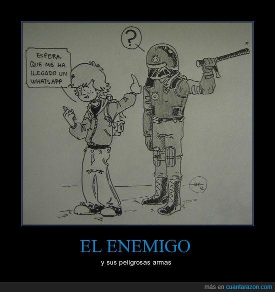 enemigo,joven,manifestación,policía,valencia,whatsapp