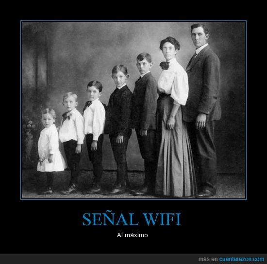 antigua,el del centro es froilán,familia,foto,señal,wifi