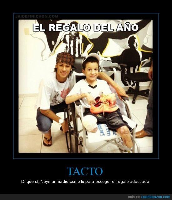 bambas,cojo,gorra,neymar,paralítico,pierna,scumbag,zapatos