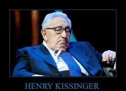 Enlace a HENRY KISSINGER