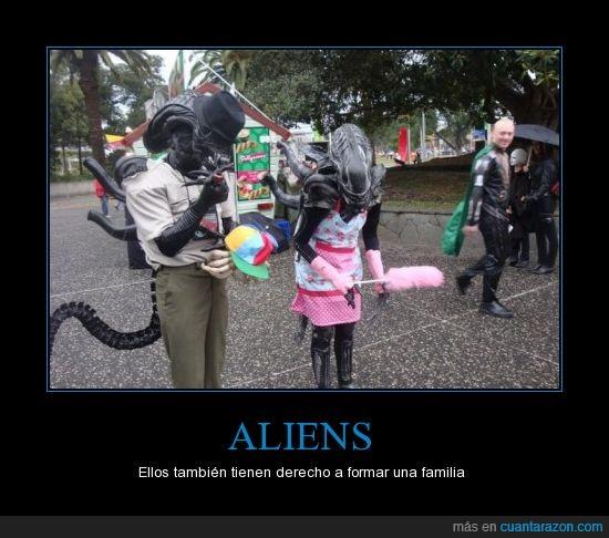 alien,amade casa,elegante,familia,hijo,señor