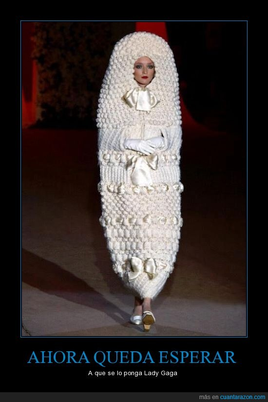 Lady Gaga,supositorio,vestido
