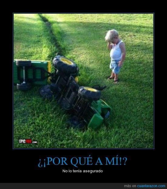accidente,facepalm,niño,tractor