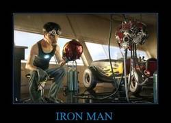 Enlace a IRON MAN