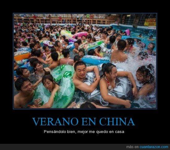 agua,apretados,asiticos,casa,china,gente,lleno,piscina,verano