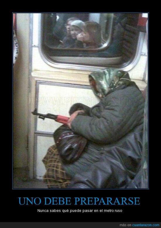 ametralladora,anciana,metro,ruso