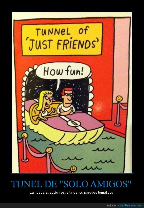 atracción,barandilla con caritas felices,cara de matar a todos,solo amigos,tunel
