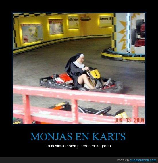 coche,curva,disfraz,karting,monja