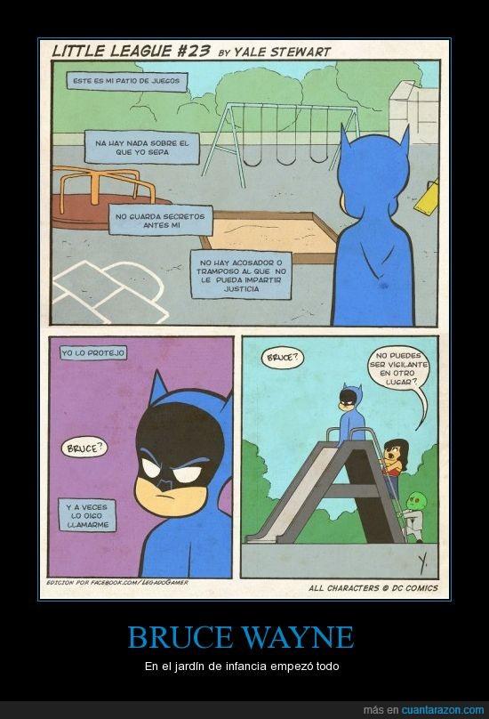 Batman,heroe,niño,parque,patio,tobogán,wonderwoman