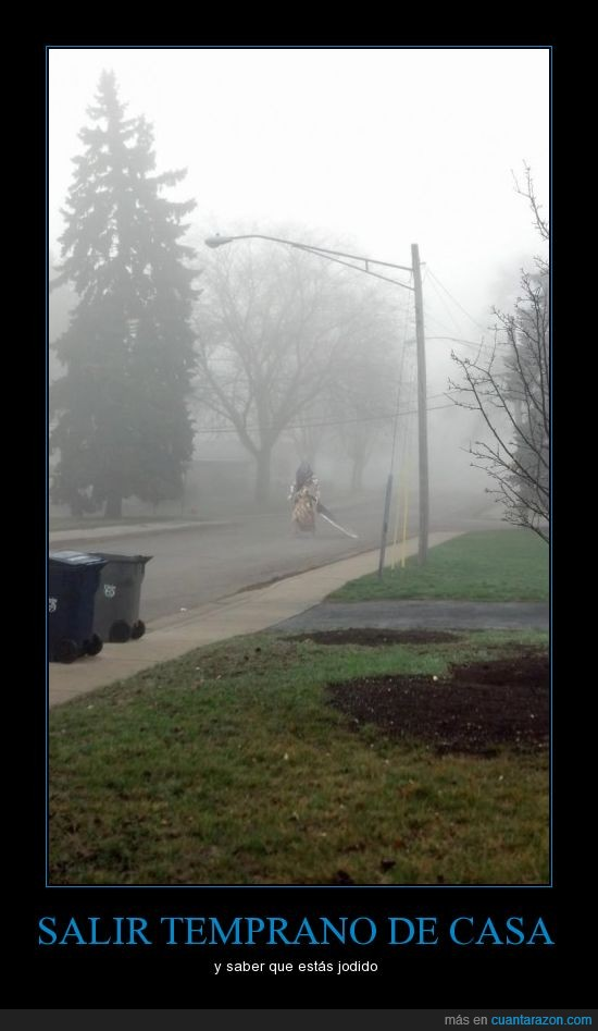 *sonidodesirena*,niebla,rapido todos a la iglesia,shit!,silenthill