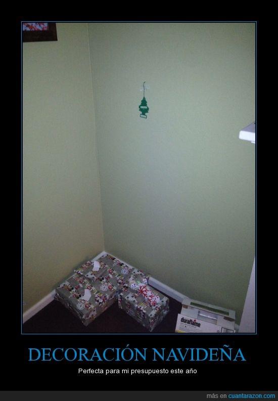 absurdo,ambientador,árbol,coche,gastar,navidad,pequeño,perfecto,pino,presupuesto