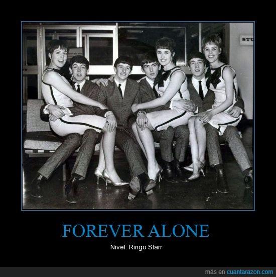 acompañado,chica,compañia,George,John,Paul,Ringo,solo,The Beatles
