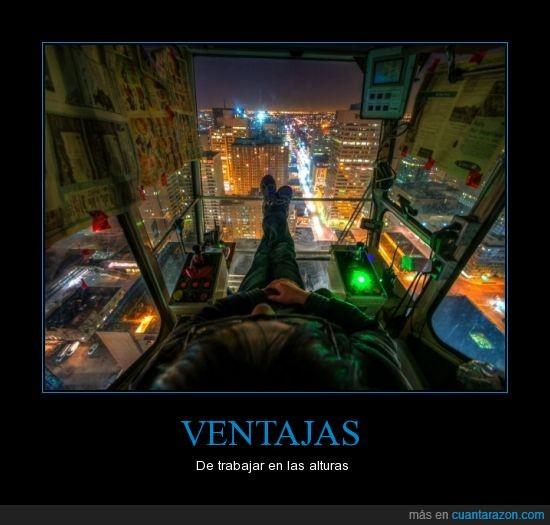alturas,ciudad,gruas,luz,noche,paisaje,trabajar,Ventajas,vista