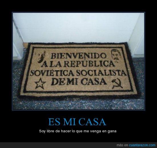 casa,comunismo,entrada,felpudo,gana,puerta,socialismo