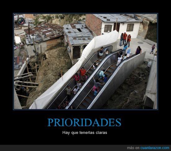 chabola,escalera,mecanica,pobre,pueblo