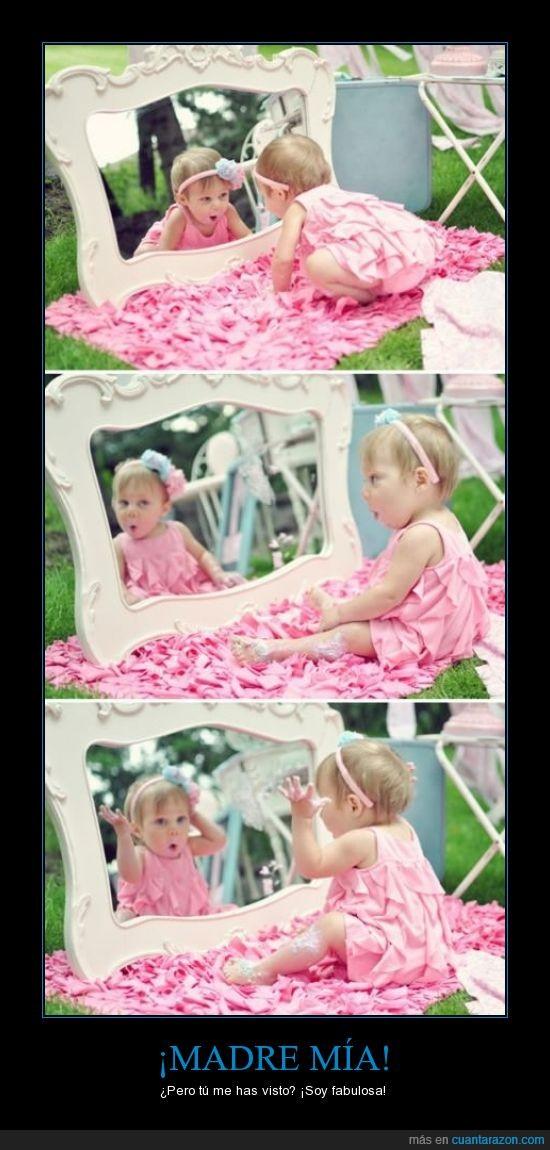 bebe,espejo,fabulosa,feliz,flor,guapa,mirar,niña,rosa,sorprender