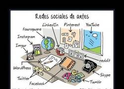Enlace a REDES SOCIALES