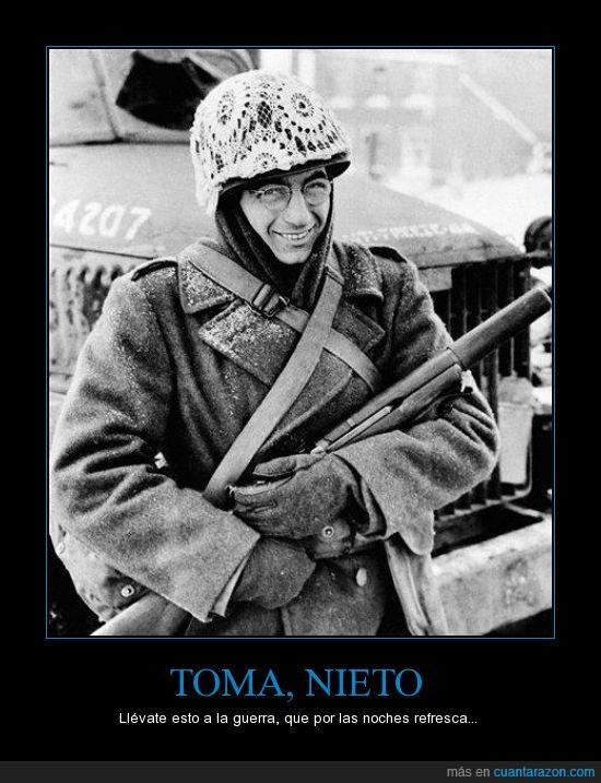 abuela,casco,ganchillo,guerra,soldado,tapete
