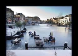 Enlace a CANALES DE AMSTERDAM
