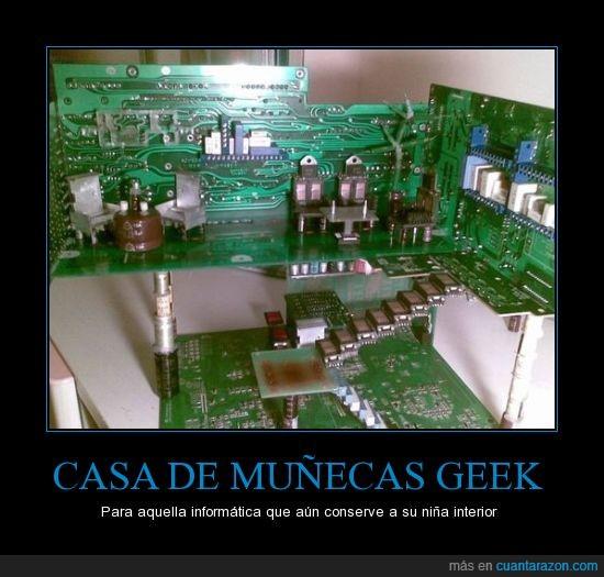 casa de muñecas,chips,geek,informática,niña,placas
