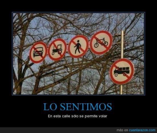 bici,calle,camion,coche,persona,prohibido,prohibir,señal,tractor,volar