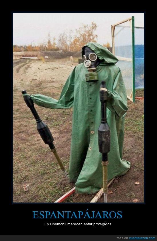 Chernóbil,espantapájaros,radiación,traje