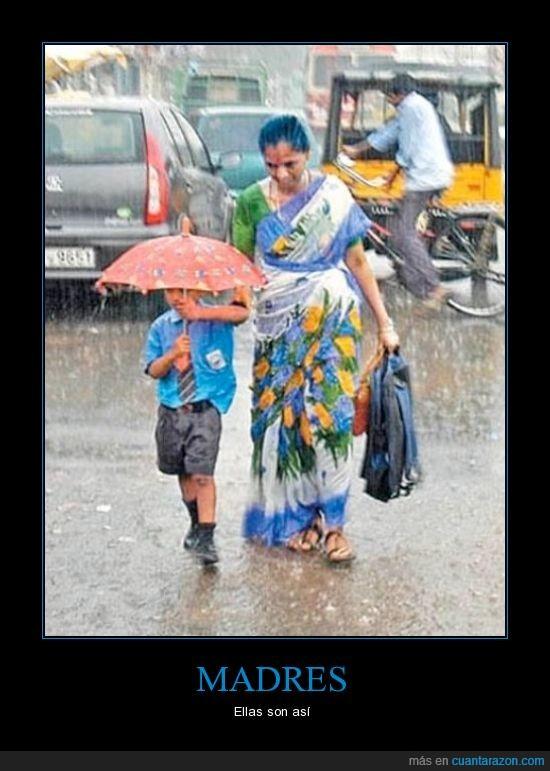 hijo,india,lluvia,madre,mojar,paraguas,seco,tapar