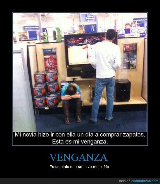 consola,esperar,novia,probar,tienda,videojuegos,zapatos