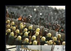 Enlace a EL ABISMO DE HELM LEGO