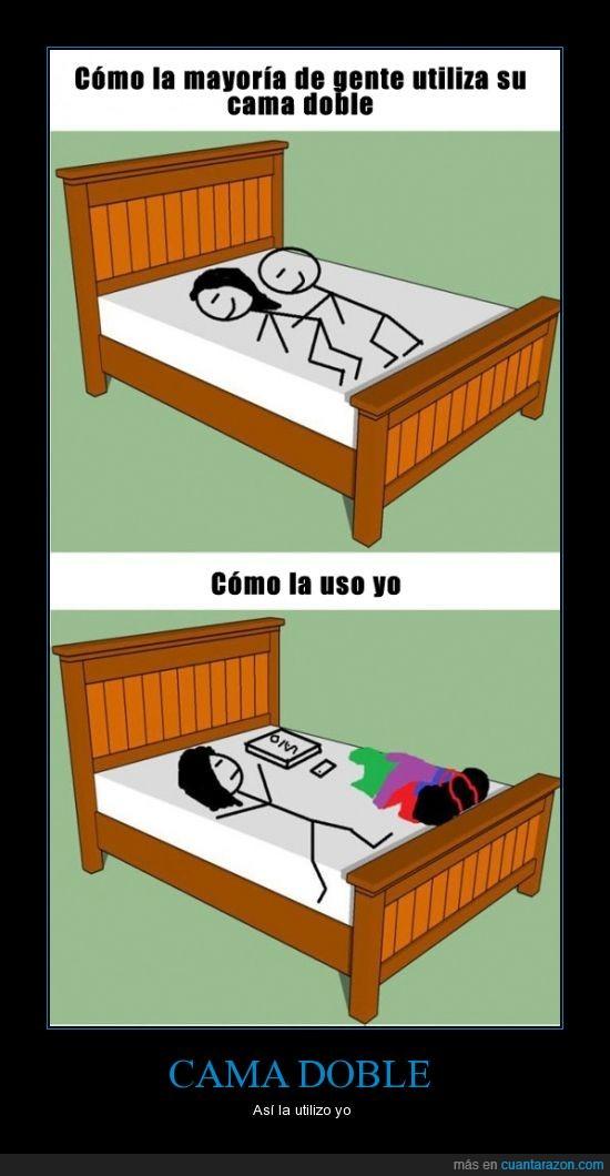 cama,doble,dormir,espacio,ordenador,pareja,portatil,ropa