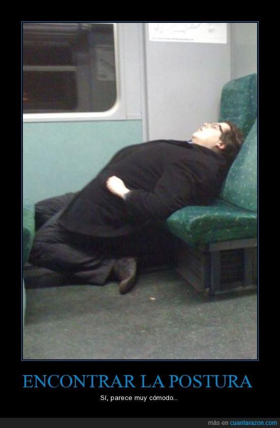 asiento,dormilon,dormir,metro,no estas incomodo?,posicion,transporte,tren