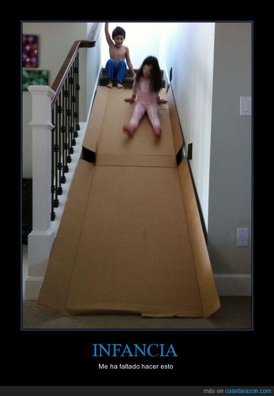 cajas,escaleras,hermano,Infancia,niña,niño,niños